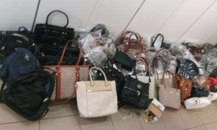 Στοχευμένοι έλεγχοι στο νομό Καβάλας για την καταπολέμηση του παρεμπορίου <br> <span style='color:#777;font-size:16px;'>Συνελήφθησαν 2 άτομα και κατασχέθηκαν 635 είδη παρεμπορίου </span>
