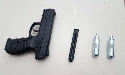 Σύλληψη 38χρονου για παράνομη οπλοκατοχή <br> <span style='color:#777;font-size:16px;'>Κατασχέθηκαν 1 αεροβόλο πιστόλι, 15 μεταλλικά σφαιρίδια και 3 φιαλίδια πεπιεσμένου αέρα</span>