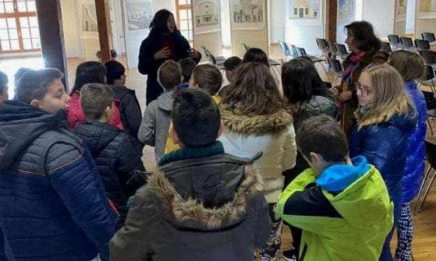 """Επίσκεψη μαθητών του """"Αξιον"""" στο Ίδρυμα Θρακικής Τέχνης και Παράδοσης"""