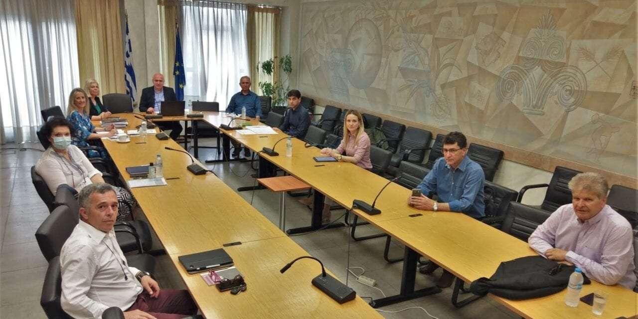 Σύσκεψη του Περιφερειάρχη, Χρήστου Μέτιου με τους διοικητές των Νοσοκομείων της ΑΜΘ