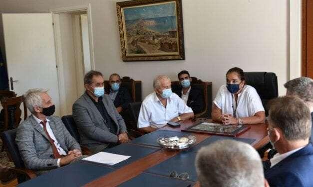 Συνάντηση του δημάρχου Ξάνθης με την Πρόεδρο της διακομματικής επιτροπής για τη Θράκη